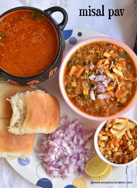 misal-pav-recipe-priyascurrynation
